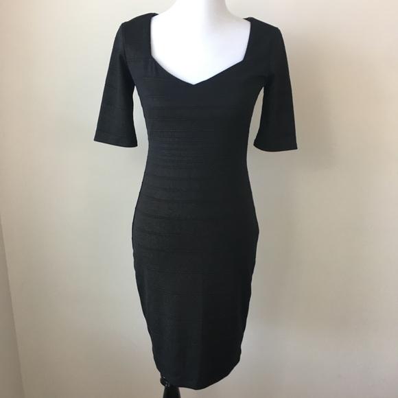 Bisou Bisou Dresses & Skirts - Bisou Bisou Black & Gold Shimmer Sheath Dress 4
